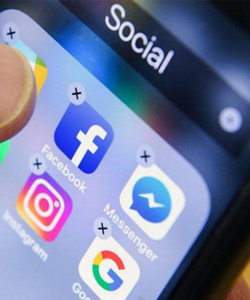 Facebook : le réseau social poursuit sa lutte contre les « fake news »