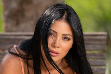 Maeva Ghennam : elle est prête à recourir à la chirurgie esthétique !