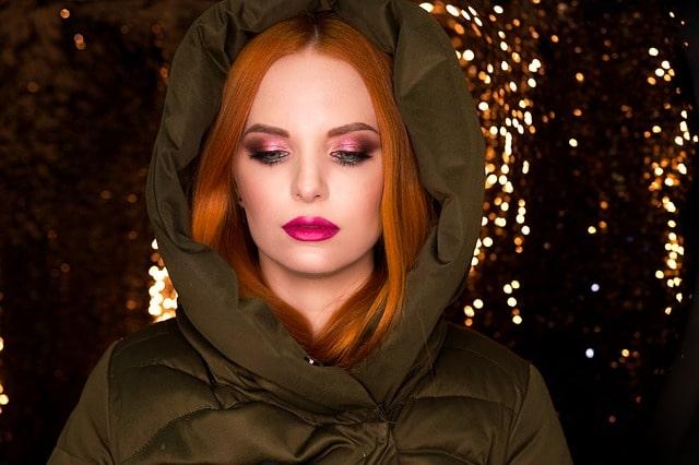 couleur de cheveux à la mode roux