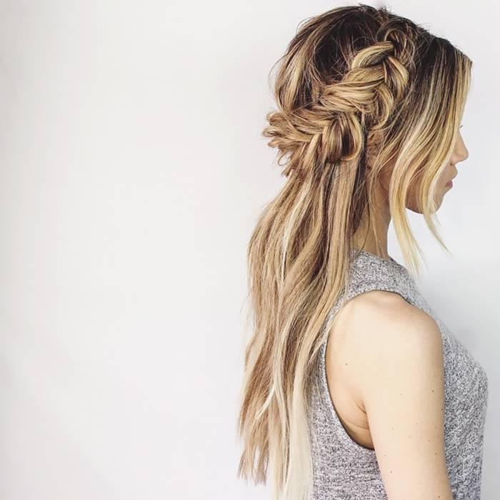 Coupe de cheveux mi-long - La demi-couronne torsadée