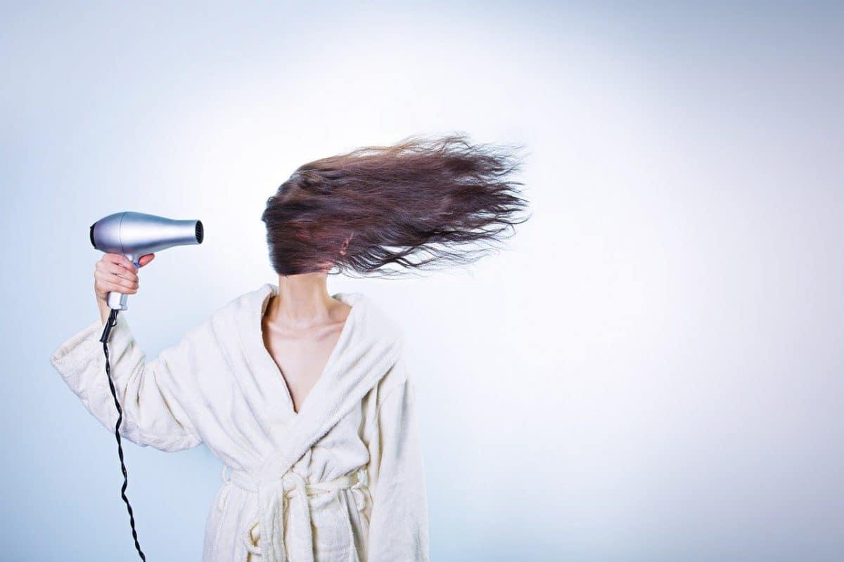 problèmes liés aux cheveux longs