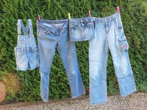 Laver son jean: à quelle fréquence le passer en machine?