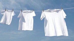 Exclusif, découvrez comment garder vos vêtements blancs plus longtemps avec ces astuces exceptionnelles