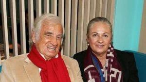 Hommage à Jean-Paul Belmondo : sa fille Florence dévoile un rare cliché du comédien avec ses petits-fils