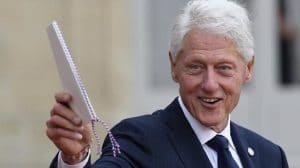 Bill Clinton : hospitalisé, des nouvelles qui rassurent sur l'état de santé de l'ex-président américain