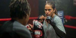 Meurtrie : Un long métrage signé Netflix réalisé par Halle Berry… Elle enfile ses gants pour monter sur le ring en tant que championne de MMA !