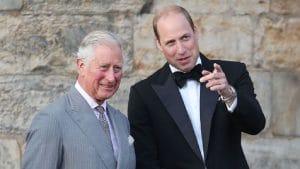 Prince Charles si fier de son fils, le prince William : découvrez pour quelle raison!